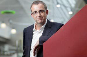 SMART beruft Neil Gaydon zum President und CEO