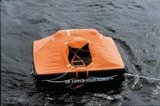 ContiTech zeigt seine Kompetenz im Bereich der Rettungsinselstoffe(Foto: ContiTech)