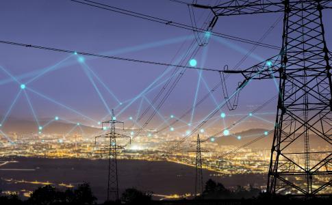 Netzanschluss von BHKW- und PV-Anlagen (Quelle: Adobe_Urban Stebljaj / Svetlobne iluzije)