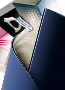 Das CONTI-AIR® UV PLUS ist optimal für großformatige Bogenoffset- Druckmaschinen geeignet und dank eines speziellen Deckplattengummis hoch quellbeständig gegen UV-Farben und UV-Waschmittel, Foto: ContiTech
