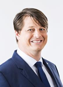 Martin Kroeger, Abteilungsleiter Finanzservice im krz, zieht ein erfolgreiches Fazit, nach der Umstellung der Pilotkommunen Rödinghausen, Kirchlengern und Lübbecke auf die Finanzsoftware Infoma newsystem / Foto krz
