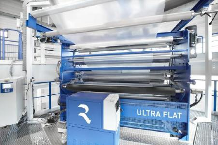 EVOLUTION Ultra Flat is well-established in the market due to excellent web flatness properties in the production of lamination film