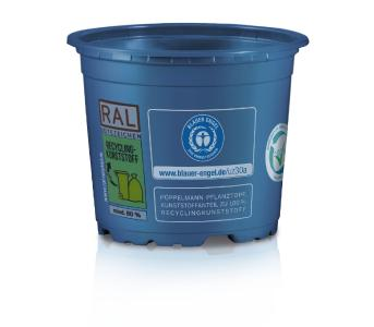 Pöppelmann TEKU®: Umweltsiegel Blauer Engel für Spritzguss-Pflanztöpfe und Inline-Pflanztöpfe der Kategorie Circular360 in vielen Trendfarben sowie viele Marketing-, Verkaufs-, Transport- und Kulturtrays der Kategorie PCR Recyclable