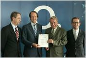 v.l.n.r.: Dr. Oliver Christian Nebel, Jaime Smith Basterra, Dr. Otmar Bernhard, Joachim Kugoth
