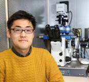 Dr Koichiro Maki with the NanoWizard® AFM from JPK in the lab of Professor Taiji Adachi at Kyoto University