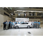 "BMW ""Made in Leipzig"". 15 Monate nach Start der Serienproduktion wird der 100.000ste BMW 3er in Leipzig gefertigt."
