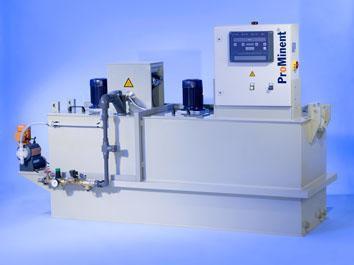 Polymeransetzanlage Ultromat® ATF mit Y-Einspülung mit integrierten drei Kammern Dreikammer-Durchlaufanlage für pulverförmiges und flüssiges Flockungshilfsmittel