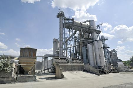 The Juchem Group's BENNINGHOVEN asphalt mixing plants are operated by EVO JET burners of the latest generation