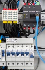 Energy Manager mit Stromsensoren / Foto: TQ-Group