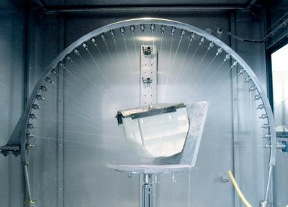 Mit einer eigenen Schutzart-Prüfkammer gemäß DIN 40050 kann Pöppelmann  K-TECH Kunststoffteile und Dichtungen prüfen – ohne externe Dienstleister