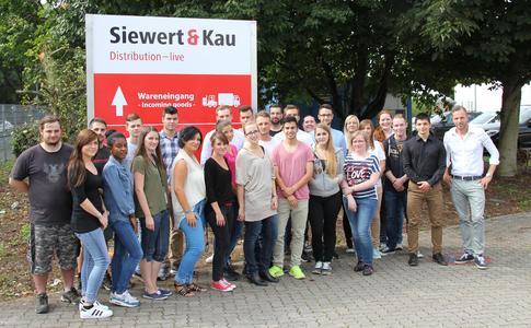 Auszubildende bei der Siewert & Kau Computertechnik GmbH