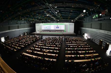 Klaus Rosenfeld, Vorsitzender des Vorstands, bei seinem Bericht anlässlich der Hauptversammlung der Schaeffler AG in der Nürnberger Frankenhalle / Bild: Schaeffler