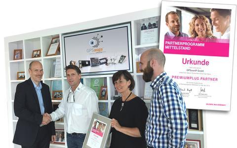Heiko Burmester gratuliert André Jurleit zum erreichen des Status