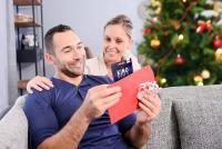 """Laut epay Trendstudie """"Gutscheine im digitalen Zeitalter"""" ist Weihnachten nach Geburtstag Hauptanlass für die Befragten, einen Geschenkgutschein zu verschenken."""