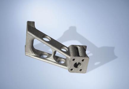 H.P. Kaysser stärkt seine Kompetenz in der Additiven Fertigung mit der Anschaffung einer weiteren 3D-Druck Maschine für größere Bauteile.