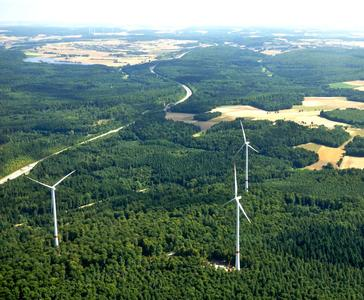 Anlagen 1 bis 3 des Windparks Ravenstein von Green City Energy / Foto Mechtild Buck