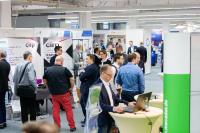 Der Technologietag bietet eine hervorragende Gelegenheit zum Netzwerken in der Kunststoffbranche / Bild: Mara Hein