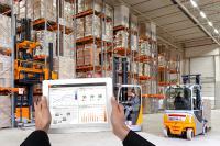 Über verschiedene Web-Applikationen erhält der Nutzer einen Überblick über seine gesamte Flotte, die Auslastung und alle Kosten – auch über diverse Standorte / Foto: STILL GmbH