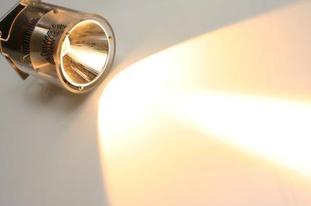 """Am 27. und 28. Juni 2012 findet die 1. VDI-Konferenz """"Lebensdauer und Qualitätssicherung in der LED-Beleuchtung"""" in Düsseldorf statt. (Bild: VDI Wissensforum / OSRAM)"""