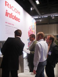 Der gemeinsame Messestand von Ricoh und Infotec auf der PostPrint 2009 lockte mehr als 200 Fachbesucher an.