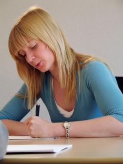 "IELTS-Teilnehmerin: Verwendung unter Angabe ""Carl Duisberg Centren"""