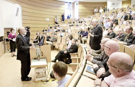 Prof. Hans-Werner Sinns Vortrag regte zum Nachdenken und zu Diskussionen an