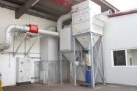 An den Putz- und Kontrollstrecken der Stahl-/Aluminium-Fertigung ist eine neue Trockenabsaugung im Einsatz. Sie ist besonders effizient und leise
