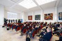 Auf der Bundeskonferenz 2019 der TransferAllianz diskutierten mehr als 200 Teilnehmerinnen und Teilnehmern aus ganz Deutschland mit internationalen Expertinnen und Experten über Herausforderungen und Trends im modernen Wissens- und Tech-nologietransfer (Foto: TransferAllianz e.V.).
