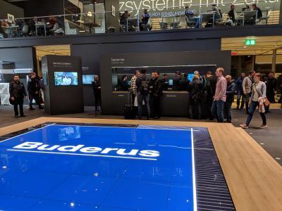 Energieheld berät an der Experten-Bar von Buderus auf der ISH 2019