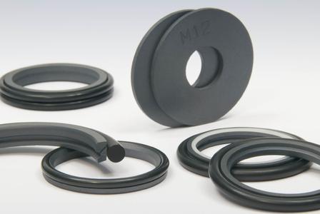 Trelleborg Sealing Solutions hat mit Turcon® M12 einen Dichtungswerkstoff aus PTFE im Angebot, der für allerhöchste Anforderungen, vor allem im Bereich Windenergie, geeignet ist.