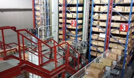 Dematic wird das automatische Lager auf ein Fassungsvermögen von 308.000 Kartons erweitern.