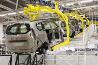 Weidmüller potential equalisation blocks: To prevent undefined currents in systems, for example in the automotive industry, long production lines need one standard potential equalisation