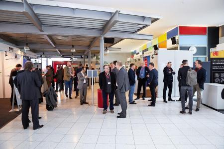 ProFlex 2017: Die attraktive Ausstellung der DFTA-Mitgliedsfirmen bot Gelegenheit zum Austausch und zum Networking / Quelle: DFTA Flexodruck Fachverband e.V.