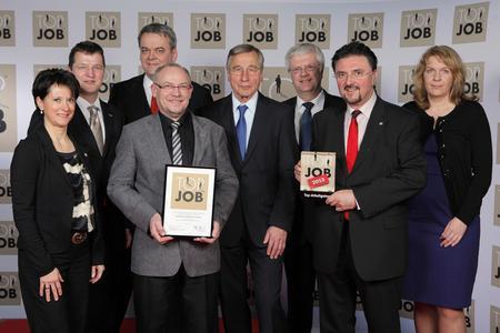 Übergabe des TOP JOB-Gütesiegels an die Ratiodata GmbH durch Mentor Wolfgang Clement