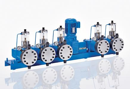 Powerful, economic and safe: sera Multi-headed piston diaphragm pump from model series 410.2KM