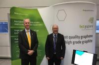 Chairman Warwick Grigor und Marketingleiter Chris McMahon bei der Eröffnunf des GEIC; Foto: First Graphene
