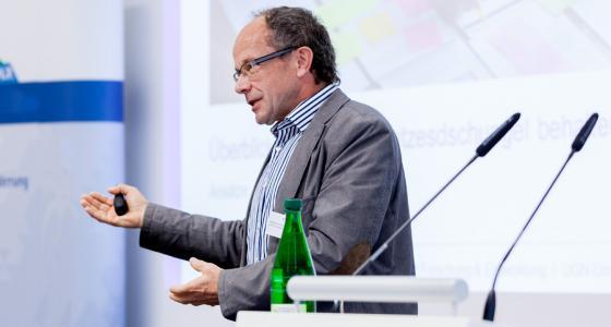 Vortrag von Herbert Zölsmann zum Sanierungstag 2018 der HTI Thüringen NL Meiningen