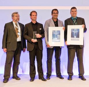 SCHMID Group and SCHOTT Solar AG representatives receive the Intersolar AWARD in PV Production Technologies category. From left to right: Dr. Hilmar von Campe (Senior Scientist, SCHOTT Solar), Dr. Christian Buchner (Vice President Business Unit Cell, SCHMID Group), Christian Schmid (President SCHMID Group), Dr. Axel Metz (Director Cell Development, SCHOTT Solar)