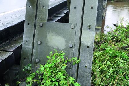 Nach 73 Jahren befindet sich die feuerverzinkte Brücke noch immer in einem guten Zustand (Foto: Iqbal Johal)