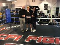 Schätzl print emotion sponsert seit neuestem Jessica Schadko, eine Boxerin aus Donauwörth.