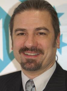 Dr. Andreas Hornsteiner, Directeur du service distribution et marketing, LASER 2000 SAS France