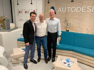 Die Führungsspitze von Autodesk und Cideon freut sich über die neue Make-Zertifizierung (v. links nach rechts: Andrew Anagnost, President and Chief Executive Officer Autodesk, Clemens Voegele, Geschäftsführer Cideon und Steve Blum, Senior Vice President Worldwide Field Operations, Autodesk) / Quelle Cideon Software & Services GmbH & Co. KG