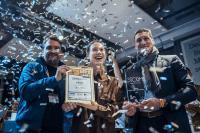 Deutschands beste Barista, Aylin Ölcer, brühte ihre Gewinnerkaffees mit optimiertem Wasser von BWT water+more.  //  Foto: Sinan Muslu