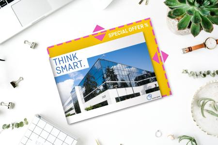Besides large-format products such as posters, banners, adhesive films, flags and advertising signs, the custom size option has been expanded to include flyers and brochures produced to millimetre specifications. Copyright: Onlineprinters GmbH