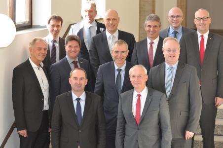 Alle Teilnehmer des Spitzengesprächs bei Wirtschaftsminister Aiwanger in München