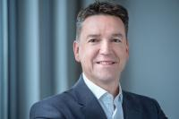Simon Jackson wird Senior Vice President of Sales EMEA bei NEC Display Solutions