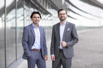 Starke Partnerschaft: Gemeinsam bewerten und zertifizieren umlaut und connect Netzinfrastrukturen – Hakan Ekmen, CEO Telecommunication bei umlaut (links) und Marc-Oliver Bender, Chefredakteur connect (rechts)