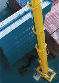 N-A-XTRA® and XABO® steels make cranes lighter, stronger and more flexible
