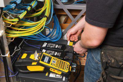Brady bringt einen neuen Hochleistungsdrucker für die Kabelkennzeichnung auf den Markt