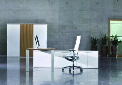 Moderne Bürokombinationen - Trendfarbe kristallweiß